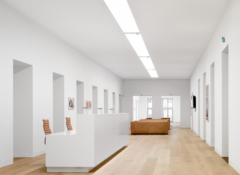 David Chipperfield Architects - Praxis Dr. Müller Wohlfahrt, München - Empfang - Architekturfotografie